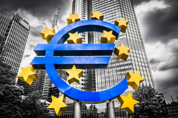 Euro Edged Higher but Market Waits for ECB
